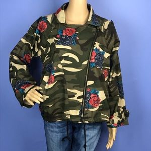 NEW Floral Camouflage Trendy Utility Jacket